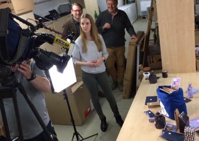 RTL West war zu Gast und hat den Adventsome Adventskalender für ihren Bericht in Szene gesetzt!